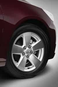 The Holden Malibu CD comes fitted with 17 inch Kumho Ecsta HM KH31s