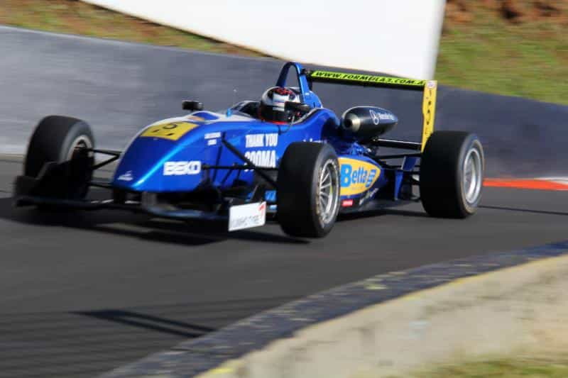 Formula 3 uses a specially designed Kumho Ecsta tyre.